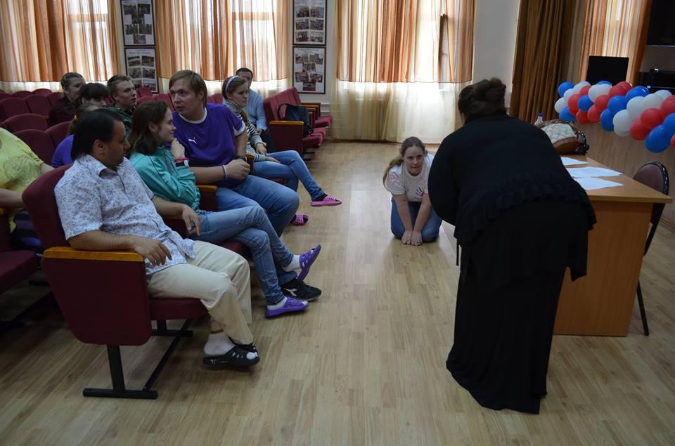 Театральные занятия с волонтерами в ПНИ